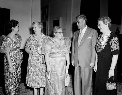 Frances Pennington of Victorian Graduate Women greets overseas visitors to the 1956 AFUW Conference in Sydney.  The conference pressed for a greater role for Australia in the Pacific.  Courtesy National Archives of Australia.